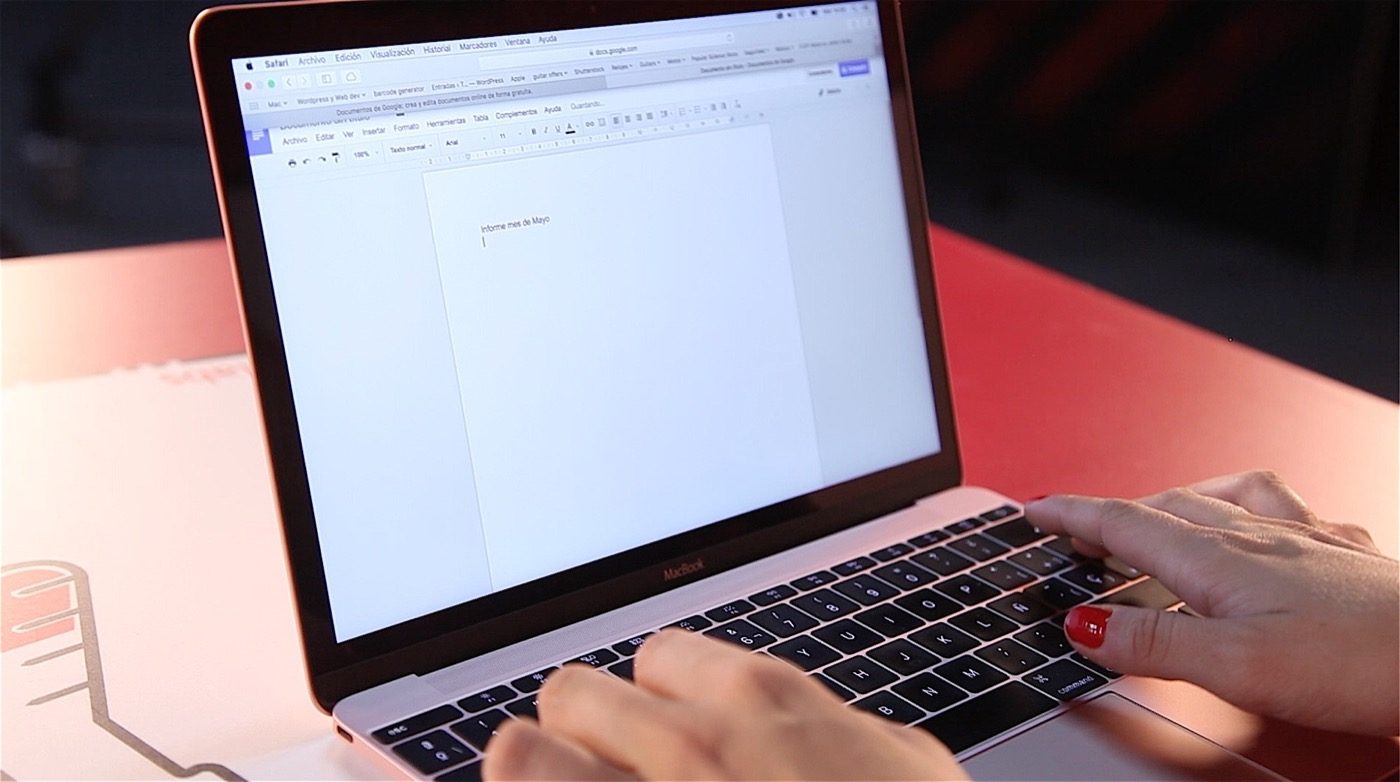 Mas imagenes MacBook 12-04