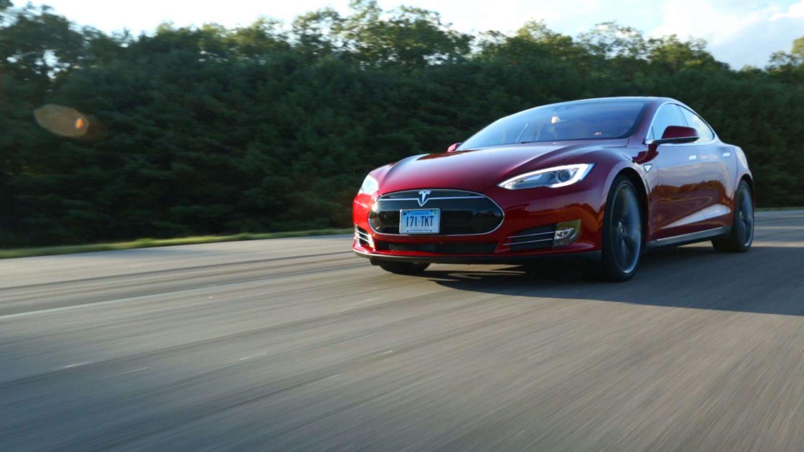 Tesla-Reliability-StillB