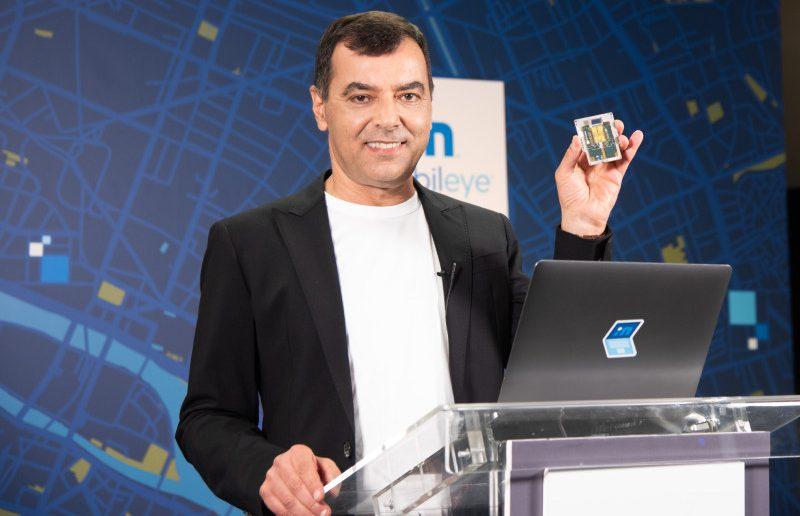 Amnon Shashua presentando-lidar-SoC-de Intel-Mobileye-/Foto:Intel
